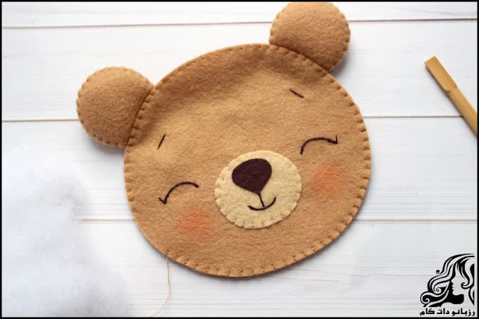 http://up.rozbano.com/view/3018929/Creating%20a%20teddy%20bear-28.jpg