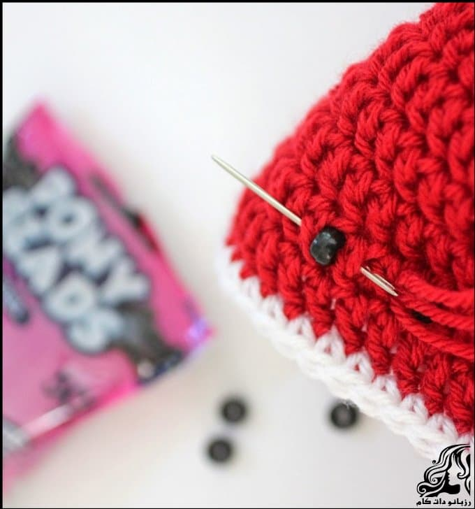 https://up.rozbano.com/view/3034053/Crocheted%20hats%20shaped%20watermelon-07.jpg