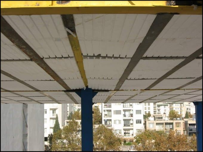 https://up.rozbano.com/view/3034866/Application%20of%20foam%20in%20construction-02.jpg