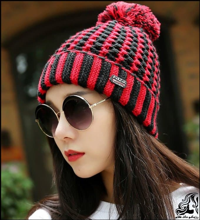 http://up.rozbano.com/view/3035027/Women%20hats%20stylish%20texture%20two%20miles.jpg