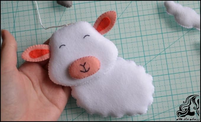 https://up.rozbano.com/view/3036726/Make%20felt%20sheep%20doll-31.jpg