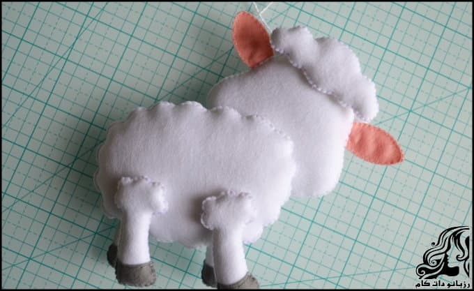 https://up.rozbano.com/view/3036728/Make%20felt%20sheep%20doll-33.jpg