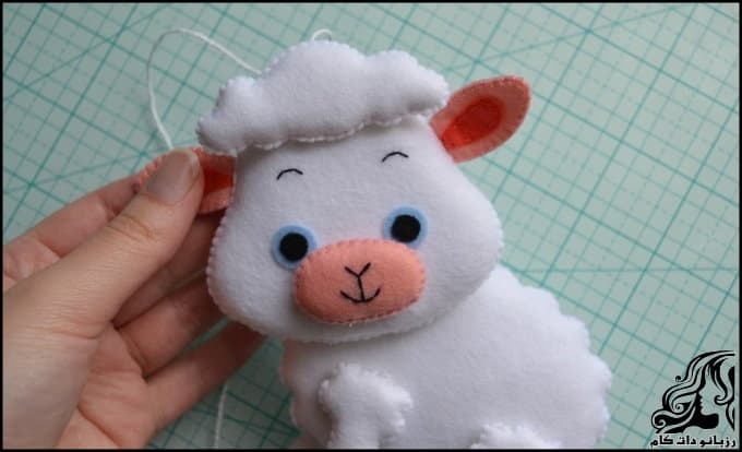 https://up.rozbano.com/view/3036729/Make%20felt%20sheep%20doll-34.jpg