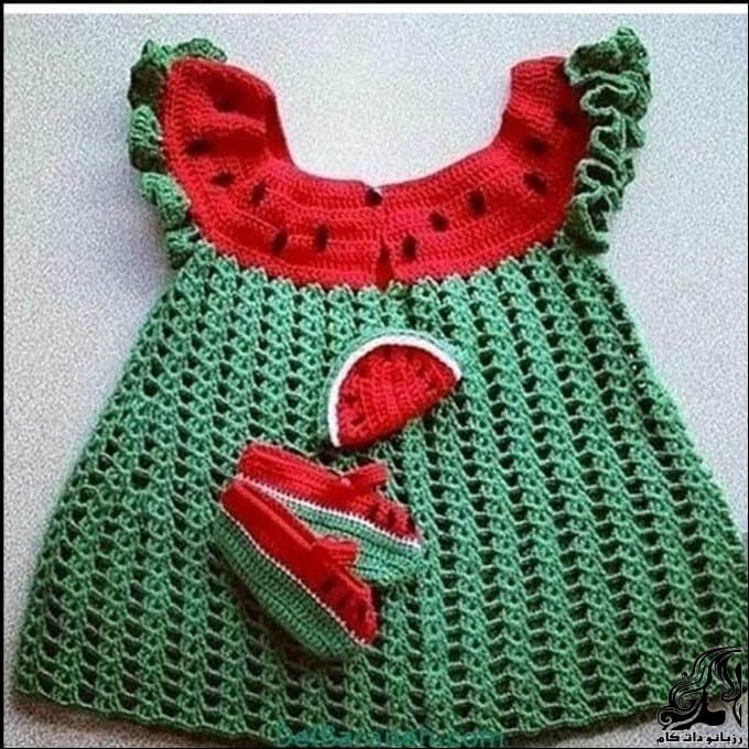 http://up.rozbano.com/view/3037667/crocheted%20Saraphone%20for%20girls.jpg