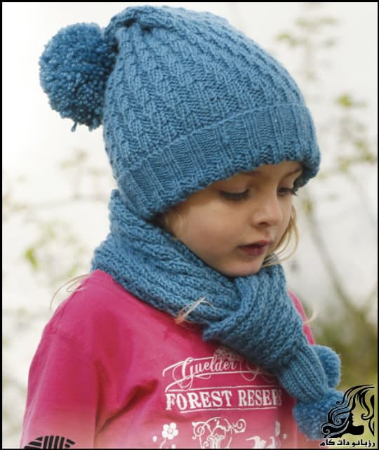 https://up.rozbano.com/view/3045861/Knitted%20hat%20with%20pompom.jpg
