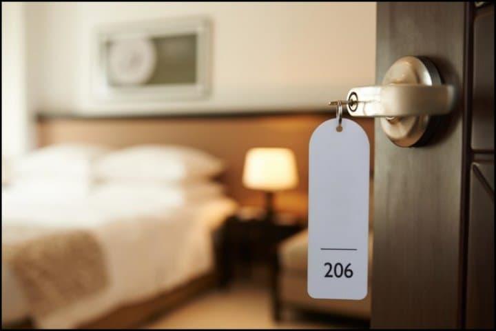 https://up.rozbano.com/view/3046175/Hotel%20reservation%20in%20Mashhad.jpg