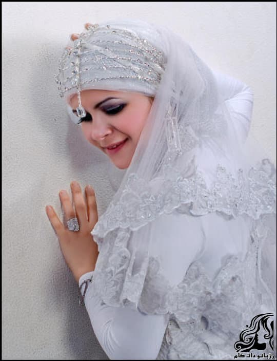 http://up.rozbano.com/view/3054207/Veil%20Bride%20Tour.jpg