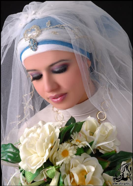 http://up.rozbano.com/view/3054208/Veil%20Bride%20Tour-01.jpg