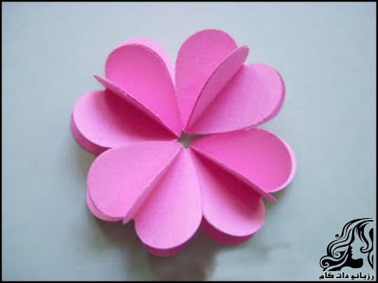http://up.rozbano.com/view/3061191/Making%203D%20Paper%20Flowers-09.jpg