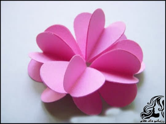 http://up.rozbano.com/view/3061192/Making%203D%20Paper%20Flowers-10.jpg