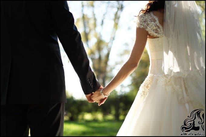 http://up.rozbano.com/view/3064346/Marriage.jpg