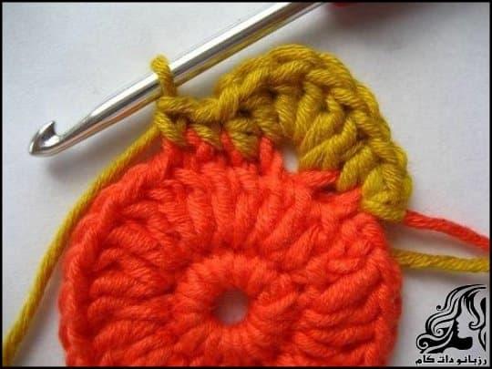 http://up.rozbano.com/view/3105776/Crochet%20Blooming%20Flower%20Cushion-07.jpg