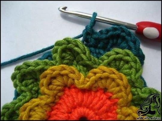 http://up.rozbano.com/view/3105787/Crochet%20Blooming%20Flower%20Cushion-18.jpg