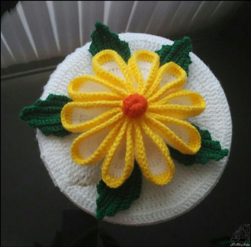 http://up.rozbano.com/view/3122728/Beautiful%20crochet%20flower-08.jpg