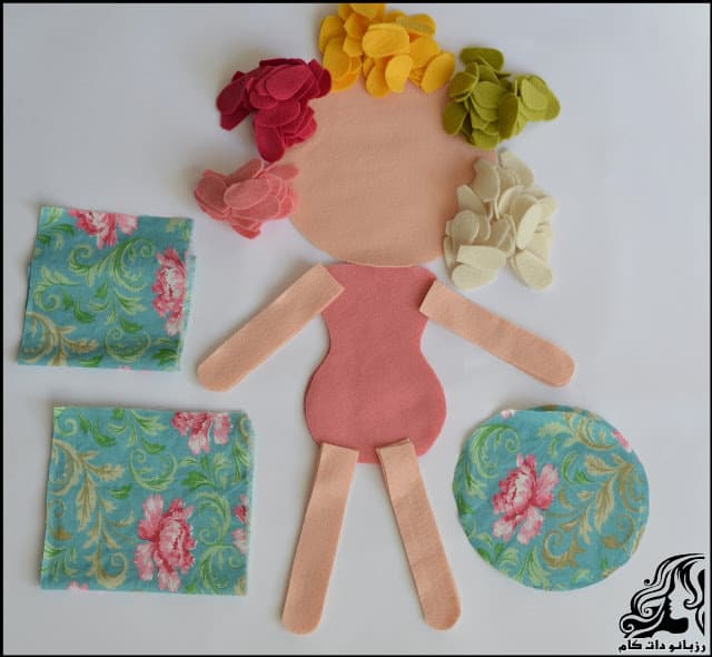 http://up.rozbano.com/view/3134018/Learn%20how%20to%20make%20a%20felt%20girl%20doll-03.jpg