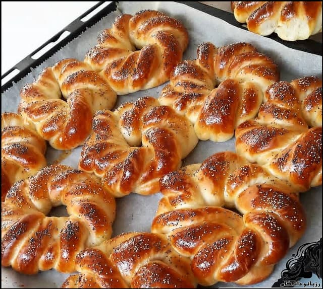 http://up.rozbano.com/view/3143511/Achma%20bread%20became%20Turkish-01.jpg