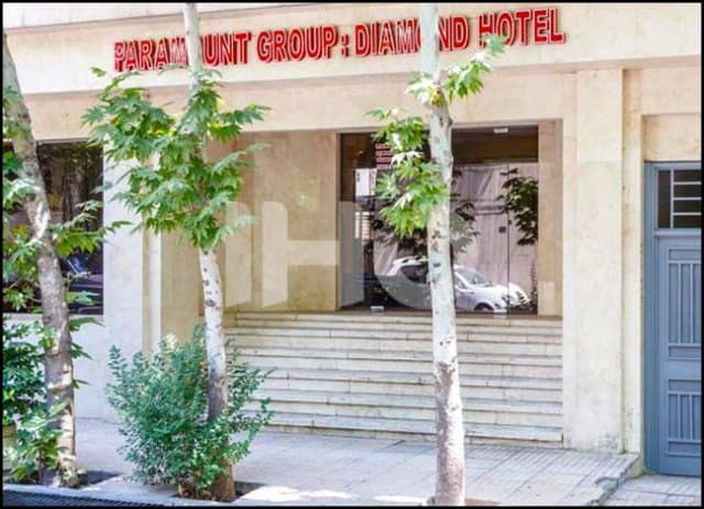http://up.rozbano.com/view/3146819/The%20best%20hotel%20prices%20in%20Iranian%20cities-03.jpg