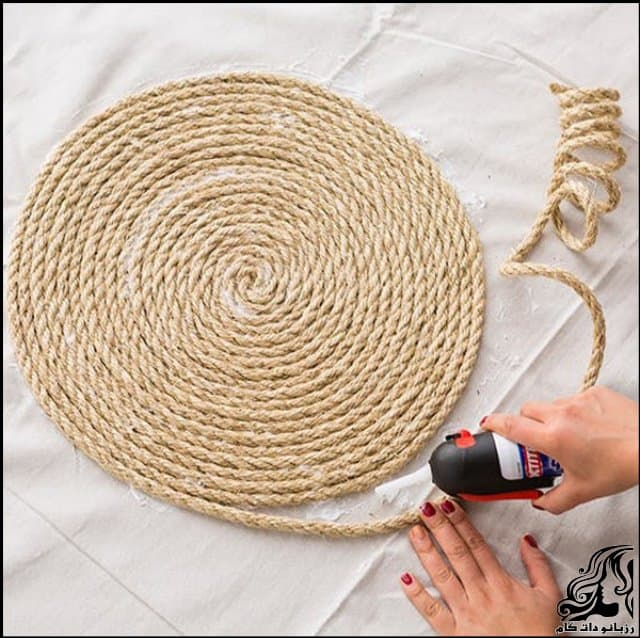 http://up.rozbano.com/view/3150131/How%20to%20make%20hemp%20carpet-03.jpg