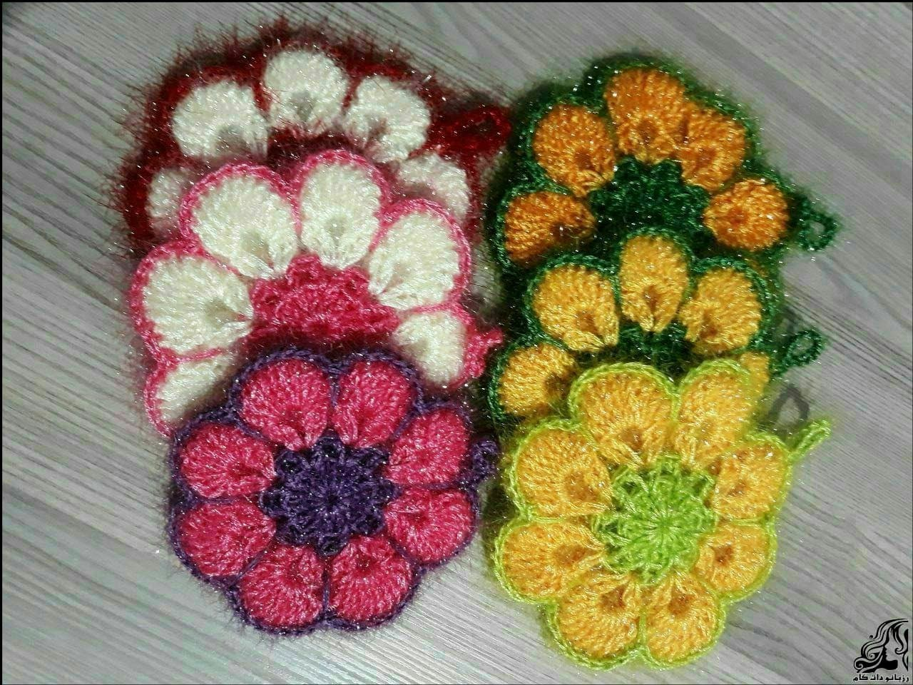 https://up.rozbano.com/view/3153783/Scotch%20texture%20in%20the%20form%20of%20flowers.jpg