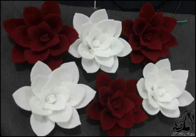 http://up.rozbano.com/view/3173617/Making%20swamp%20flowers.jpg