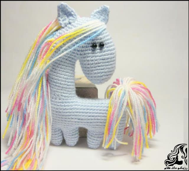 http://up.rozbano.com/view/3220223/Little%20Horse%20Doll%20Texture.jpg