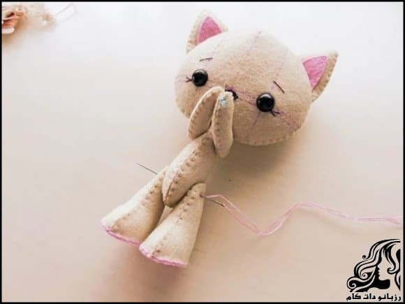 https://up.rozbano.com/view/3247457/Making%20a%20cat%20felt%20doll-10.jpg
