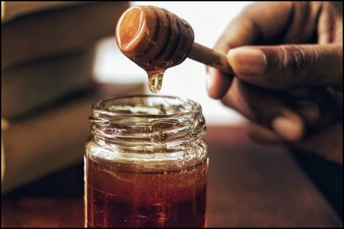 https://up.rozbano.com/view/3249296/Signs%20of%20honey%20being%20counterfeit.jpg
