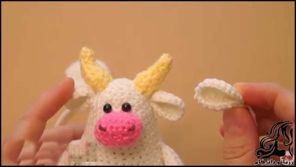 https://up.rozbano.com/view/3309520/Knitted%20cowboy%20cow%20doll-17.jpg