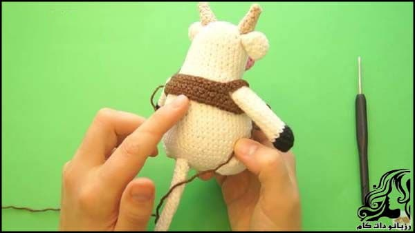 https://up.rozbano.com/view/3309528/Knitted%20cowboy%20cow%20doll-25.jpg