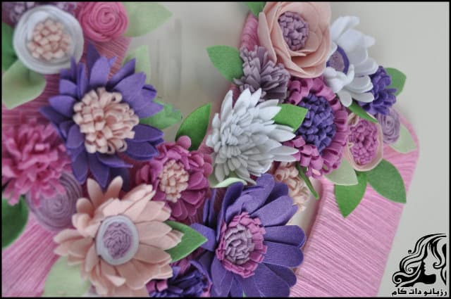 https://up.rozbano.com/view/3311616/Making%20felt%20flowers%20for%20decoration.jpg