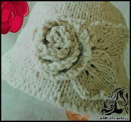 بافتنی و آموزش بافت کلاه دخترانه سفید کنار گلدار