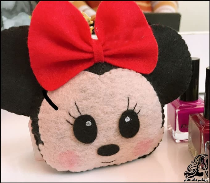 https://up.rozbano.com/view/3329398/Sewing%20Mickey%20Mouse%20felt%20bag.jpg
