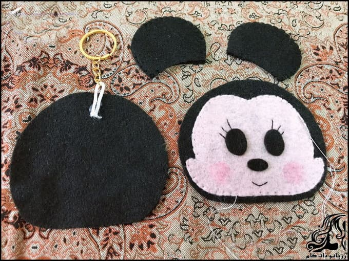 https://up.rozbano.com/view/3329402/Sewing%20Mickey%20Mouse%20felt%20bag-04.jpg