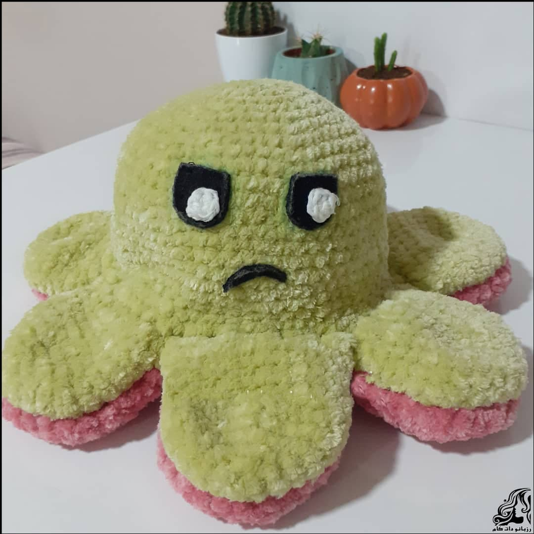 https://up.rozbano.com/view/3353240/Knitted%20octopus%20doll-01.jpg