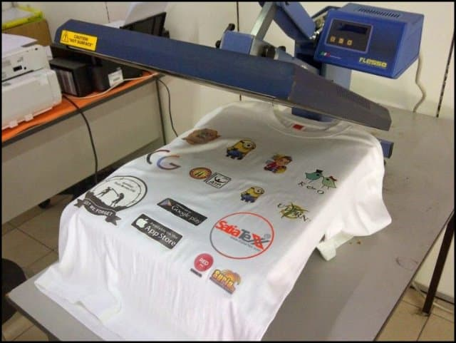 https://up.rozbano.com/view/3353795/Everything%20about%20T-shirt%20printing-01.jpg
