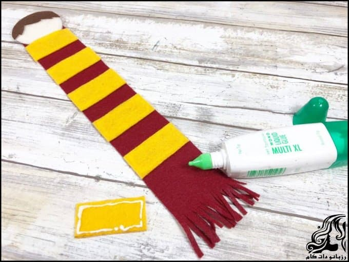 https://up.rozbano.com/view/3379270/Making%20a%20Harry%20Potter%20bookmark-06.jpg