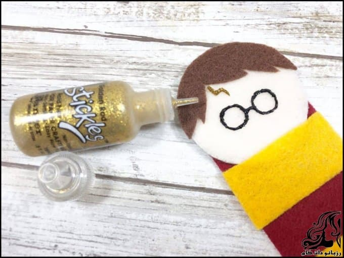 https://up.rozbano.com/view/3379271/Making%20a%20Harry%20Potter%20bookmark-08.jpg