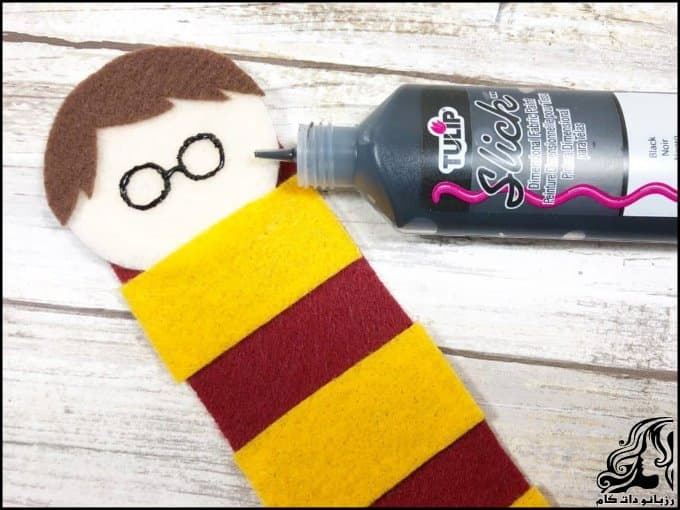 https://up.rozbano.com/view/3379272/Making%20a%20Harry%20Potter%20bookmark-07.jpg