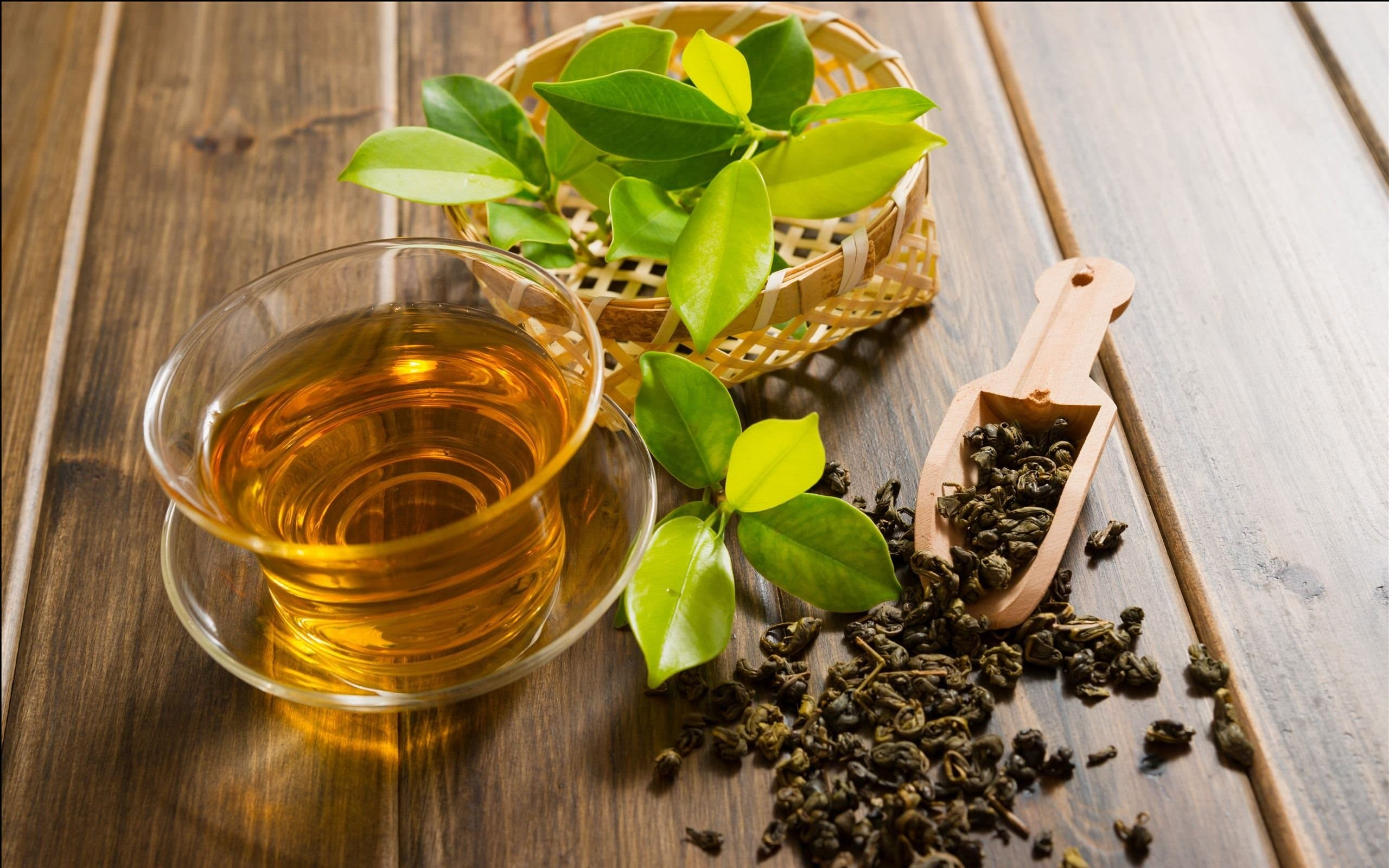 https://up.rozbano.com/view/3403470/Foreign%20or%20Iranian%20green%20tea%20is%20better.jpg